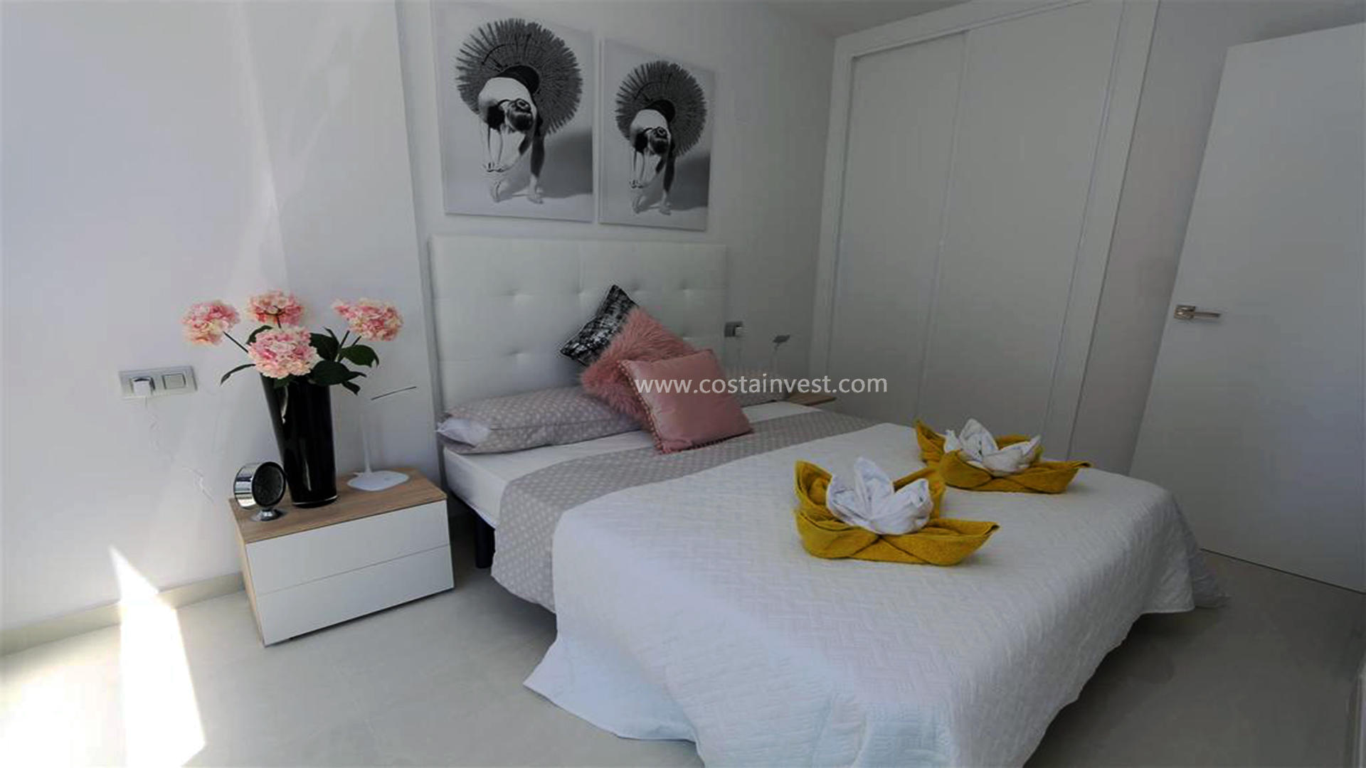 Appartement -                                       Torrevieja -                                       2 chambres -                                       4 occupants