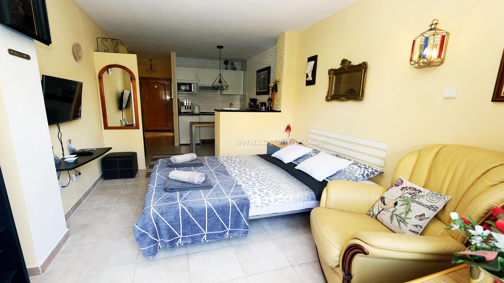 Studio -                                       La Mata -                                       0 chambres -                                       2 occupants